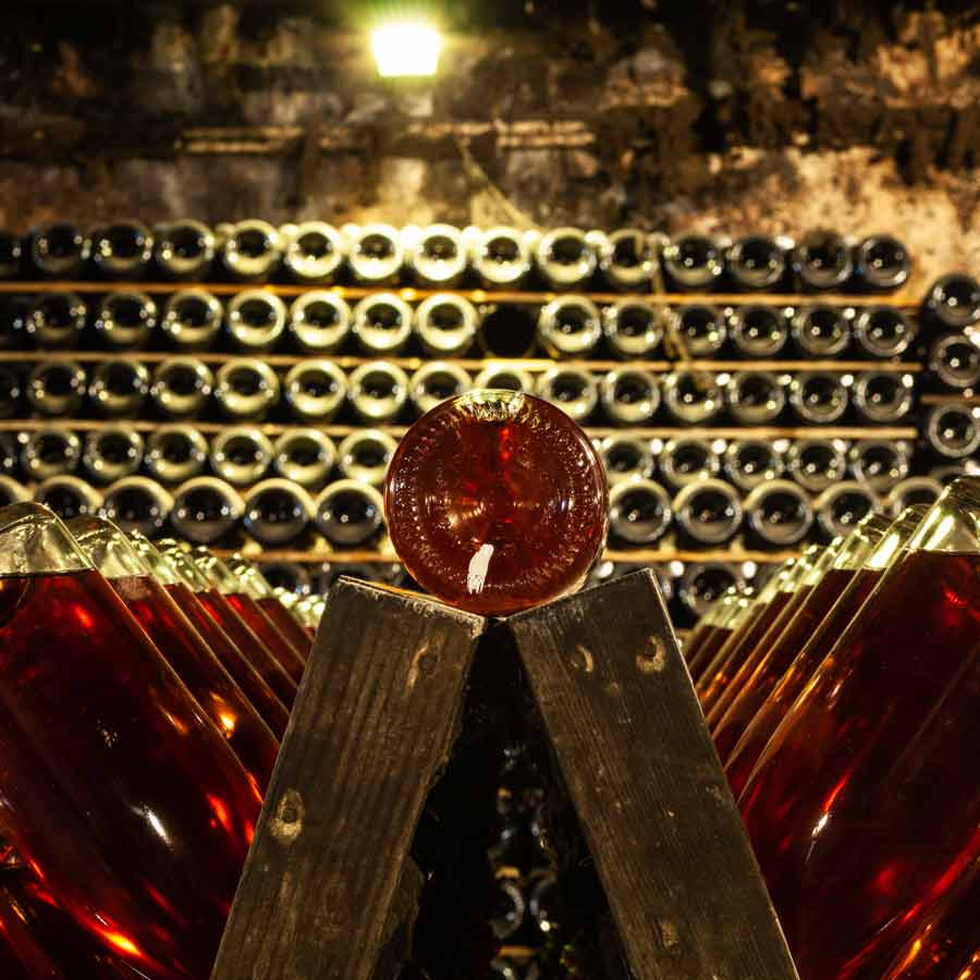 Vynas internetu – saugus pasirinkimas